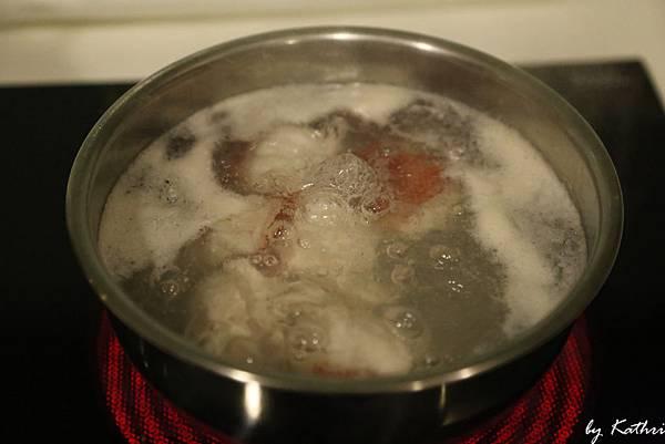 魚肉先煮過去腥去泡