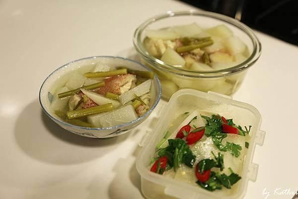 超難喝的湯&泰式涼拌大頭菜