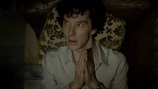 A-Study-In-Pink-sherlock-on-bbc-one-14304496-624-352.jpg