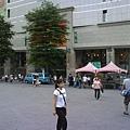 桃園火車站外一景 2007.7.12