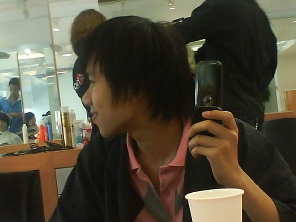 變髮中(側面)