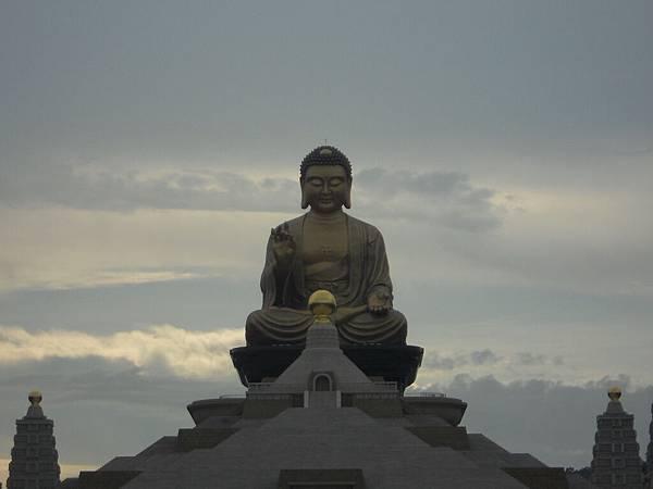 佛光山佛陀紀念館 100