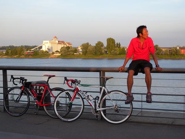 0906 biking bordeaux 025.jpg