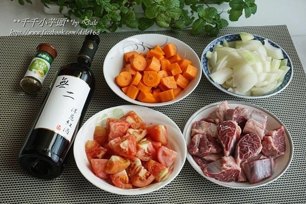 紅酒燉牛肉5.JPG