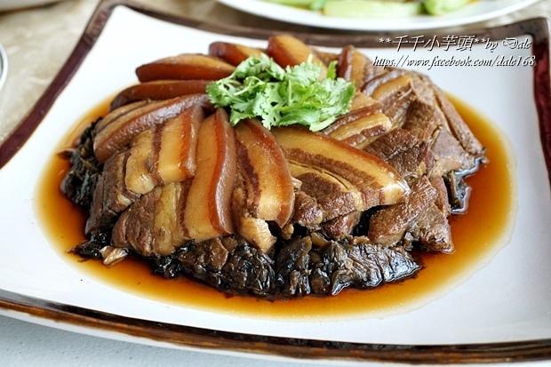 復興空廚年菜佛跳牆+滷梅干扣肉+紅燒蕃茄燉牛腩+八寶芋泥35.JPG