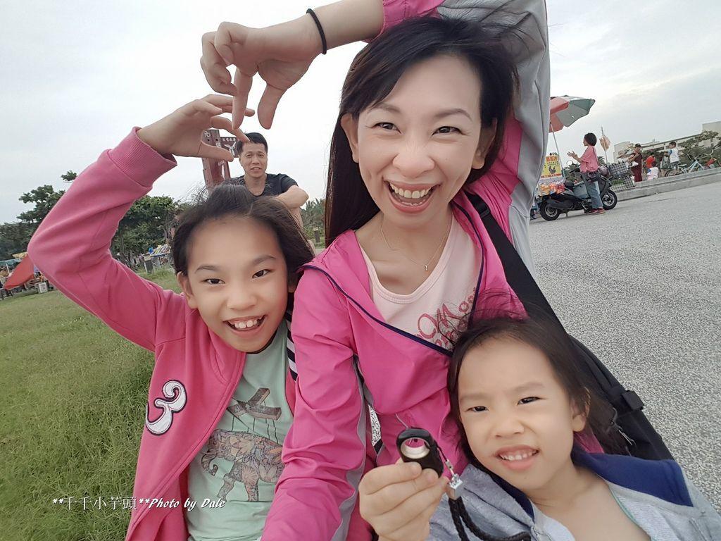 HYOne Mini Selfie 極美金屬自拍棒-超輕量32.jpg