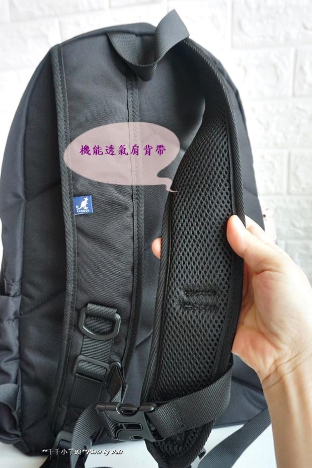 英式時尚潮流 特仕純黑款機能後背包5.JPG
