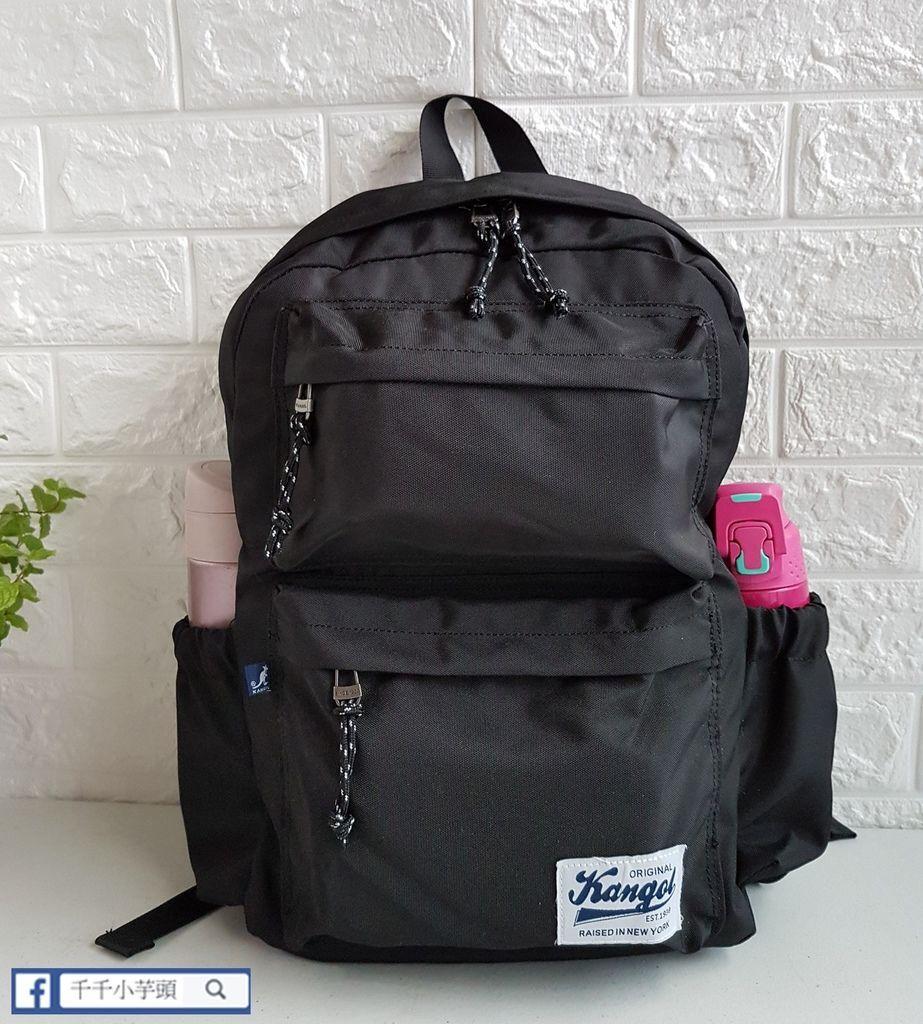 英式時尚潮流 特仕純黑款機能後背包10.jpg