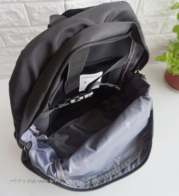 英式時尚潮流 特仕純黑款機能後背包16