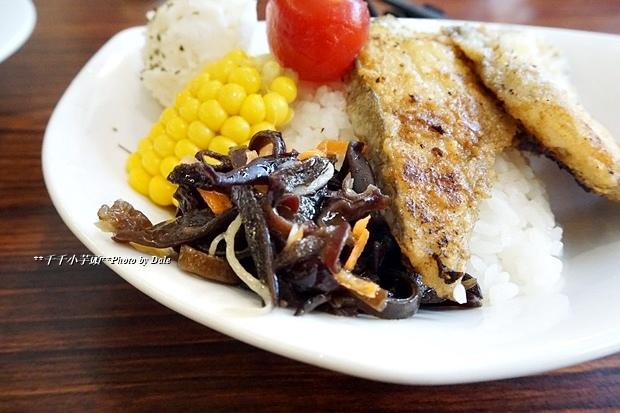 歐內醬鐵板料理34.JPG