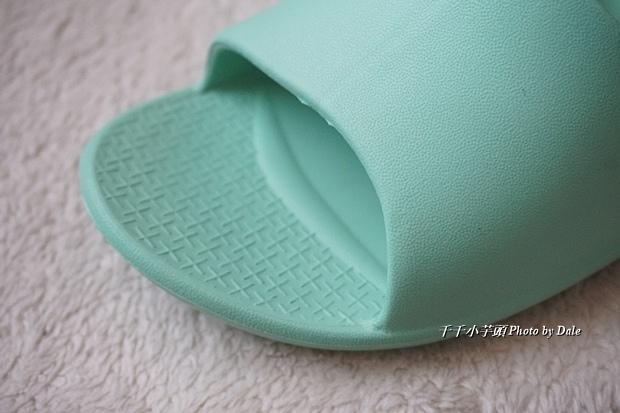 VERO & NIQUE 維諾妮卡簡約機能室內拖鞋10.JPG