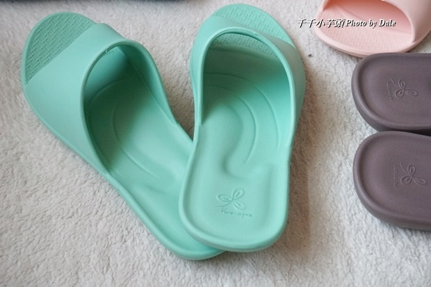 VERO & NIQUE 維諾妮卡簡約機能室內拖鞋11.JPG