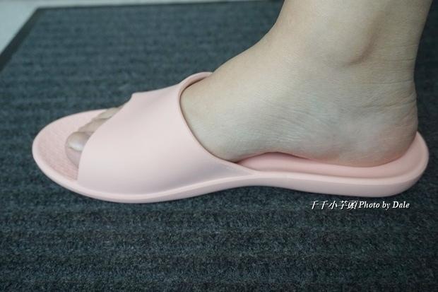 VERO & NIQUE 維諾妮卡簡約機能室內拖鞋16.JPG