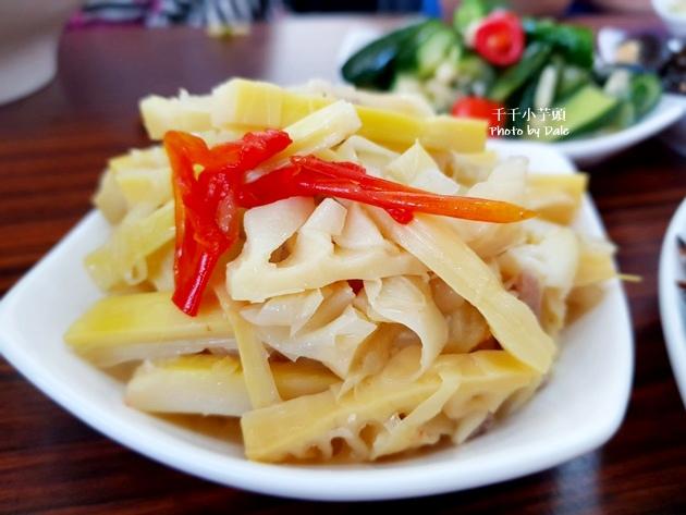 泓坤牛肉麵37.jpg