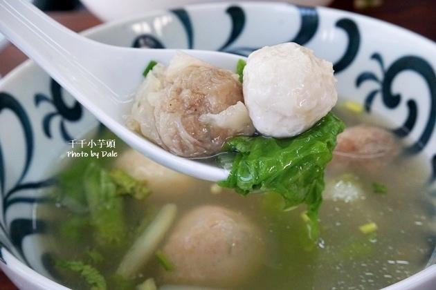 泓坤牛肉麵47.JPG