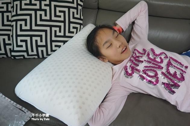德瑞克乳膠枕12.JPG