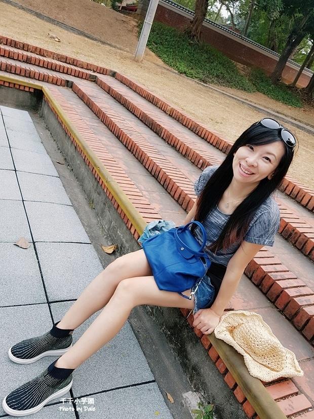 inooknit極光中筒襪鞋1.jpg