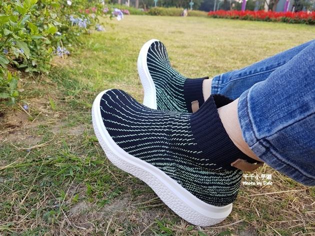 inooknit極光中筒襪鞋11.jpg