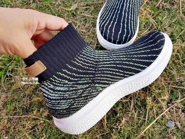 inooknit極光中筒襪鞋18.jpg
