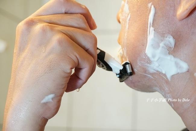 BIC刮鬍刀23.JPG