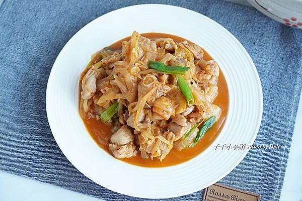 韓式泡菜洋蔥雞9.JPG