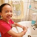 FUWALY自動感應洗手機給皂器2.jpg