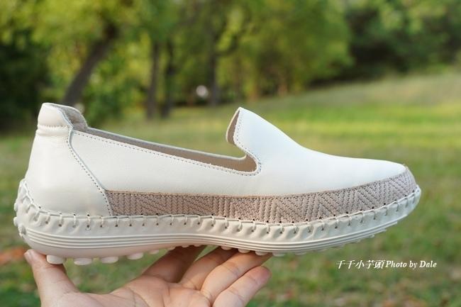 【Normlady 諾蕾蒂】質感真皮拼接草編壓紋皮革磁力厚底氣墊球囊休閒鞋-MIT手工鞋(甜美粉)2.JPG