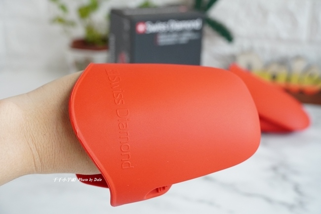 矽膠隔熱手套二入組5.JPG