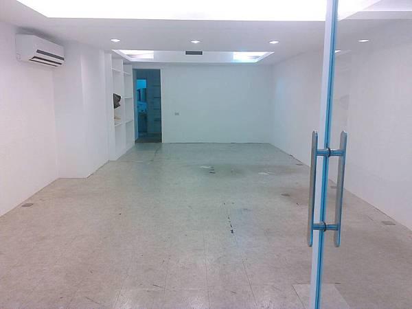 塑膠地板-施工前