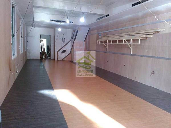 美生茶餐廳-塑膠地板-3