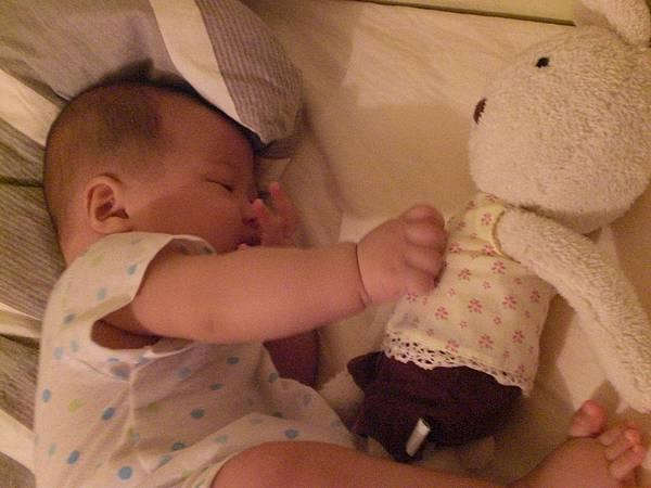 兔兔阿兔兔~我們是好朋友唷!