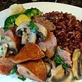 香腸蘑菇紫米飯