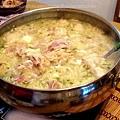 家傳東北酸菜白肉火鍋