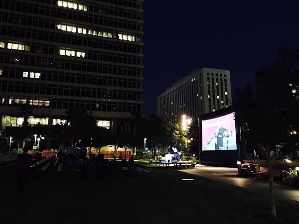 洛城市中心戶外電影記