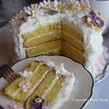 籐籃雛菊蛋糕切片 Basketwease Daisy Cake Slice