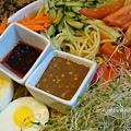 簡易健康蔬菜涼麵 Mixed Veggie Cold Noodle