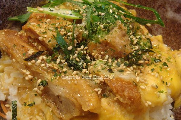 豬排親子蓋飯 Katsudon