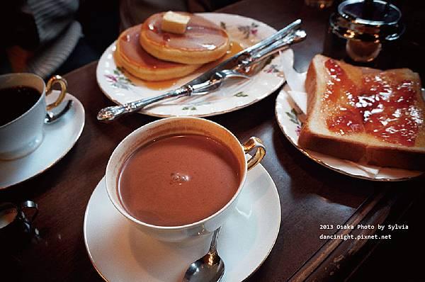 ▊2013 大阪 ▊ 食記。丸福咖啡(千日前本店) ★昭和浪漫的懷舊咖啡店★