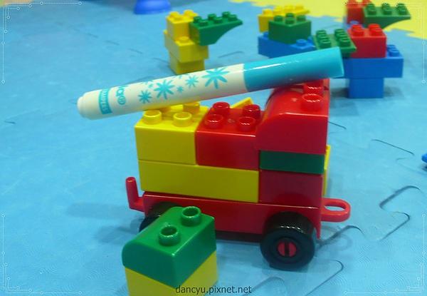 P1000156_101015消防車.JPG