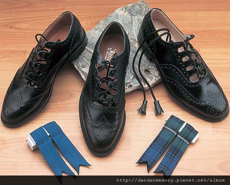 Ghillie brogues 460