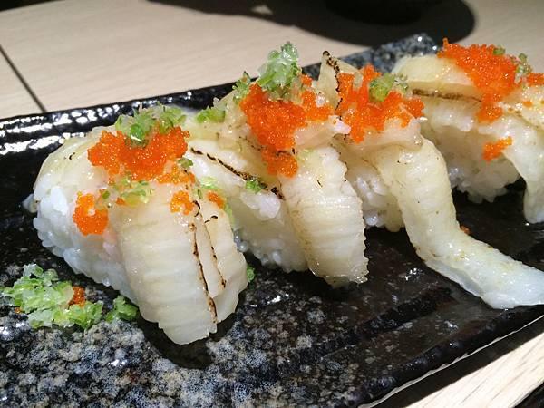 炙燒鮨邊肉握壽司(NT.60/1貫)