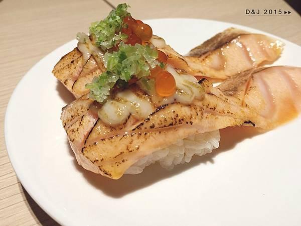 炙燒鮭魚肚握壽司(NT.60/1貫)