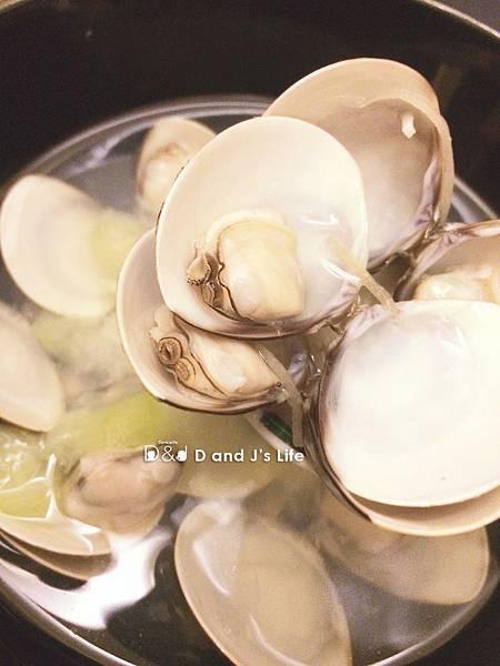 蛤蠣絲瓜湯
