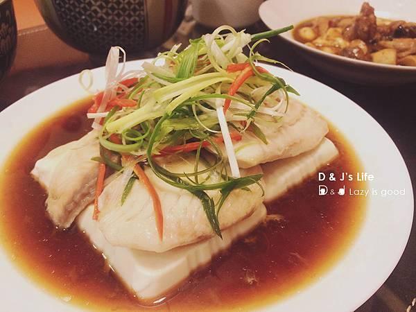 清蒸豆腐鯛魚