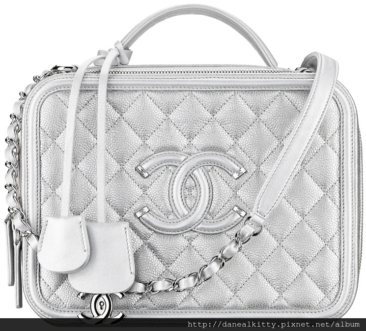 Chanel-Vanity-Cases-3.jpg