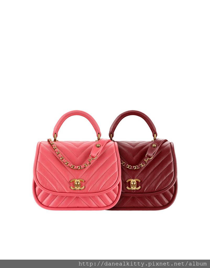 flap_bag_with_top-sheet.png.fashionImg.hi (3).png