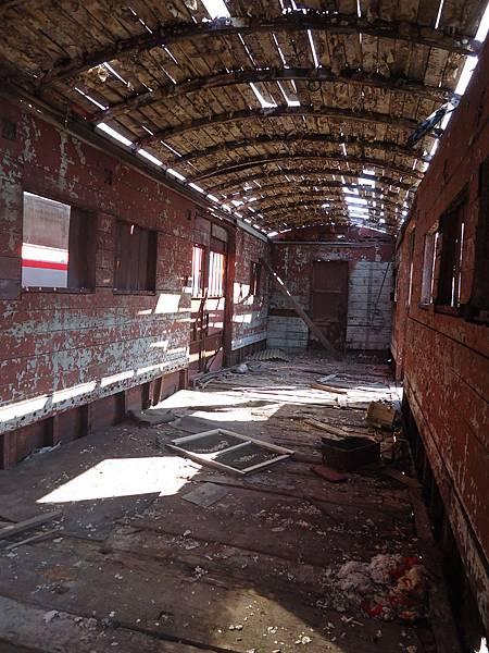 古董車廂內部