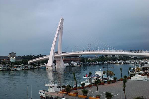 漁人碼頭跨橋