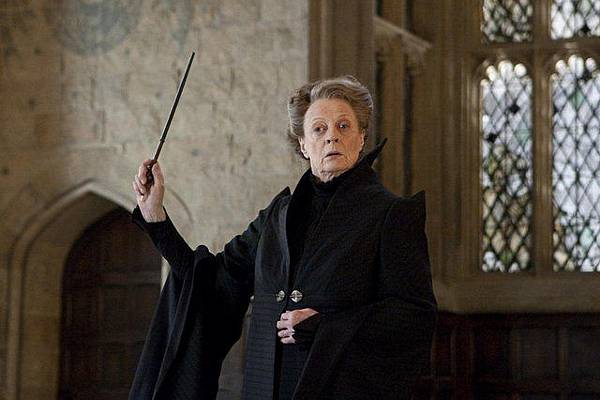 Maggie Smith.jpg