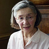 Emmanuelle Riva Leading Actress